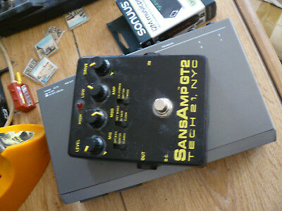 TECH21 SANS AMP GT2used effects pedal usa