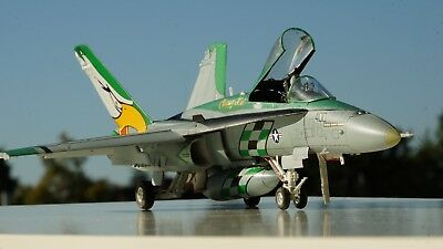 F/A 18 C NF400  in 1:48