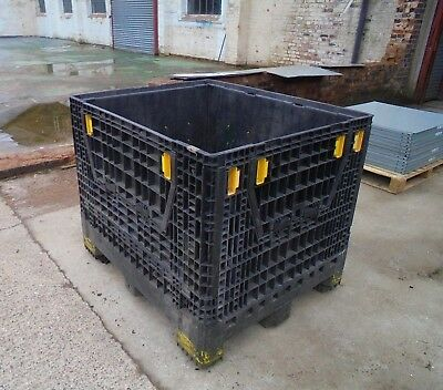 12No USED Collapsible Pallet Boxes