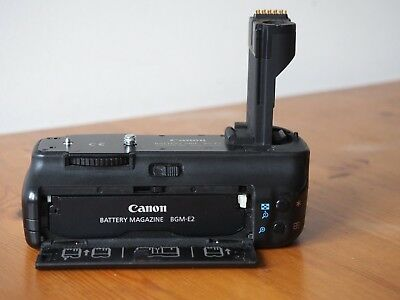 Canon Battery Grip BG-E2 for 30D, 40D, 50D - Very Good Condition