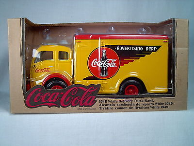 COCA-COLA 1949 DELIVERY TRUCK BANK, #27022, 1/35 SCALE, DIE-CAST, by ERTL
