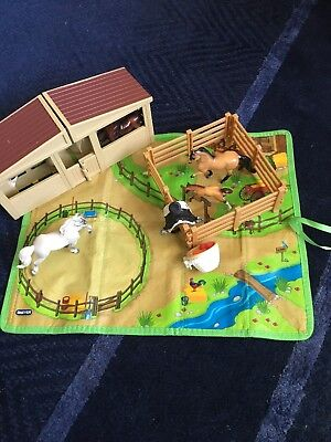 Breyer Stablemates MIXED LOT, organizer, fence, stable, saddle, treats