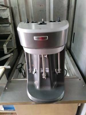 Hamilton Beach HMD400 3 Spindle Commercial Drink/Shake/Smoothie Mixer