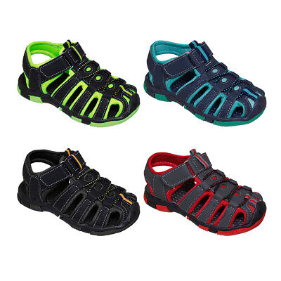 BOY'S OUTDOOR SPORT SANDALS > (Lot of 36 Pairs)
