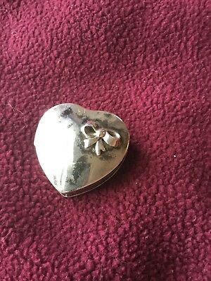 Beautiful Vintage Sterling Silver 925 Small Heart Shape Box With Bow