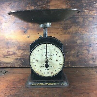 SUPERB c.1920's HUGHES' 20lb FAMILY SCALE NO.8 BRITISH MADE INDUSTRIAL RUSTIC
