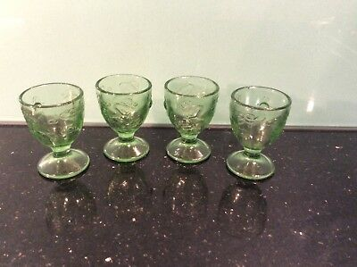 4 Uranuim Egg Cups With A Dragon Pattern