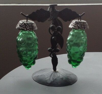 Vintage Green Glass Hanging Grape Salt and Pepper Shakers
