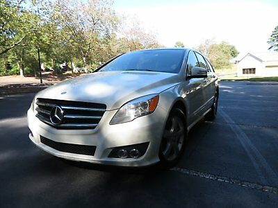 2011 Mercedes-Benz R-Class 4Matic LUXURY R350 WAGON LOADED CAPTAIN SEATS LEATHER SUNROOF CAPTAIN SECOND ROW