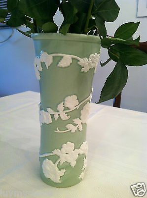 Napco~Ceramic~Green And White Vase~Used~Great Condition~