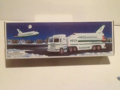 1999 NEW IN BOX *** UNOPENED *** HESS Toy Truck and Space Shuttle with Satellite