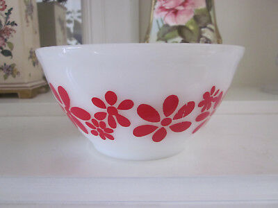 Vintage Agee Pyrex Small Red Daisy Chain Mixing Bowl 1972
