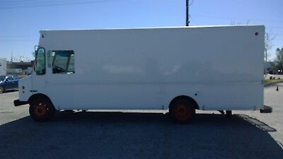 Step Van vending  MT45 box delivery truck fedex lunch taco ford morgan p1000