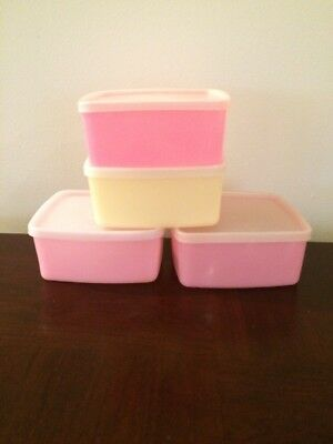 Tupperware Square Round Set of 4 Containers in good condition