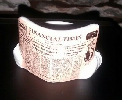 Financial Times Eggcup