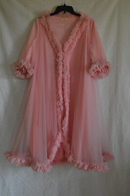 Vintage Lucie Ann Beverly Hills Pink Zippered Nightgown with Ruffles