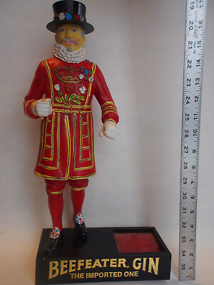 """17"""" Vtg Beefeater Gin The Imported One~Display Figure Yeoman Guard Bottle Holder"""