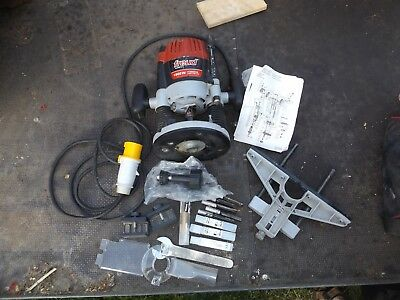freud industrial router 110v with cutters working