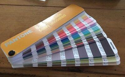 Pantone Formula Guide/Solid Uncoated 2004