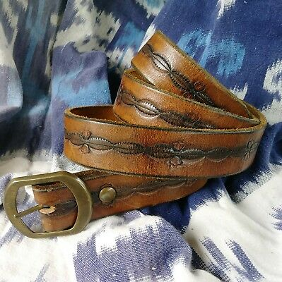 "Vintage thick leather belt Hippie 70s 80s Hand Tooled fits up to size 32"" EUC"