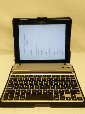Apple Ipad 16GB Tablet With Laptop Keyboard Adapter Case WiFi
