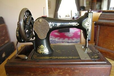 Vintage 28K Singer Sewing Machine 1907