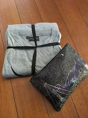 Qantas Business Class PJs and Men's Amenity Kit