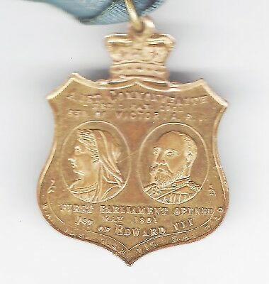 1901 OPENING OF FEDERAL PARLIAMENT  medallion QUEEN VICTORIA & KING EDWARD VII