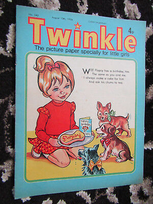 1974 Twinkle Comic, Puzzles undone, Twinkle cut-out Doll & Clothes intact No 342
