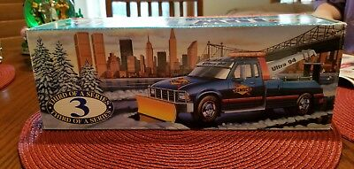 Sunoco 1996 Wrecker Tow w/Plow Truck Toy 1:24 Scale Limited Edition NEW in box