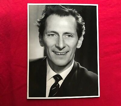 """Vintage BBC Publicity Photograph of """"Peter Cushing"""" 13-9-1955"""