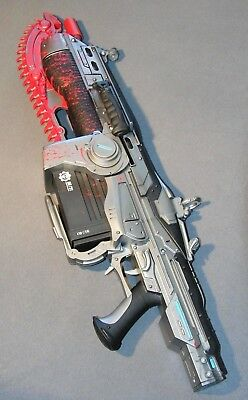 "Gears of War 1 ""Lancer"" Replica Gun (95cm /37 inch) with Chainsaw Soundeffect"