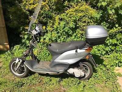 Piaggio Fly 50 spare or repair good engine HPI clear