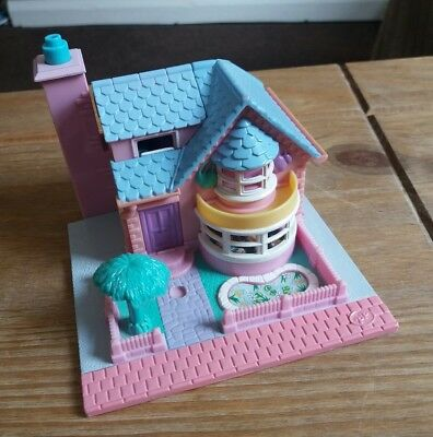 Vintage Polly Pocket Lightup Bay Window House 1993. 100% Complete