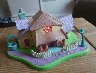 Vintage Polly Pocket Minnie's Surprise Party 1995. 98% Complete