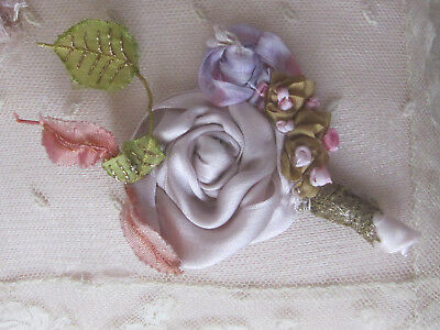 """Vintage Silk Ribbon Work 4.5""""l X 3""""w Gold Mesh Leaves From France Rose,hat,doll"""