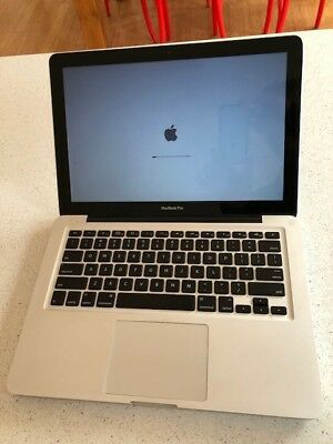 "Macbook Pro 13"" Core 2 Duo 4GB"
