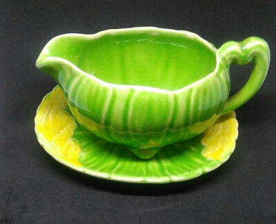 Shorter and Sons sauce boat and dish, c. 1930s