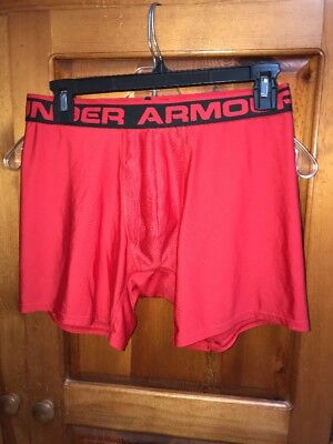 Mens Under Armour Compression Shorts Med. Red
