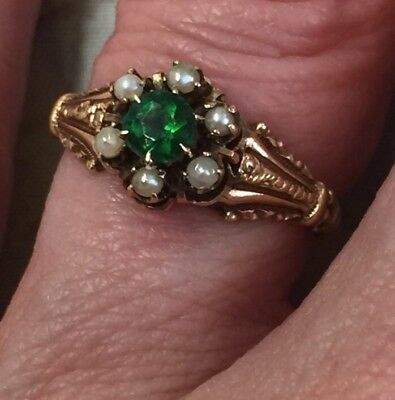 Antique Victorian Era 10K Yellow Gold Vintage Emerald & Seed Pearl Ring Size 5