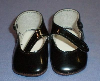 Puppenschuhe aus Kunstleder schw. 7,1 cm/pair of doll shoes pat. leath. imit.
