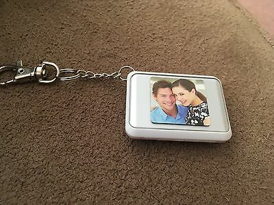 Coby DP-151 digital picture key chain