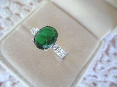 ANTIQUE VINTAGE WHITE GOLD RING OVAL EMERALD GREEN STONE ring  size 7 or O