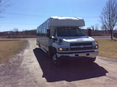 2004 Chevy C5500 33 Passenger Bus with Bathroom