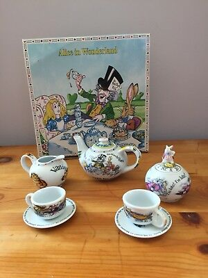 Cardew Alice In Wonderland Tea Set Mad Hatters Tea Party Boxed Perfect