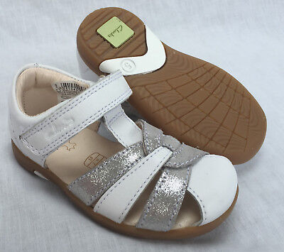 BNIB Clarks Girls Softly Mae Hot White/Silver Leather First Sandals F/G Fitting