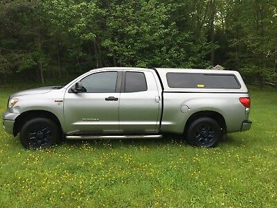 2009 Toyota Tundra Chrome Toyota Tundra SR5 2009 Handicap Wheelchair Accessible for Driver