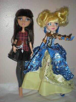 Ever After High Lot of 2 Dolls