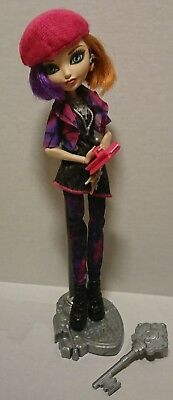 Ever After High Poppy O'Hair Through The Woods Doll with stand