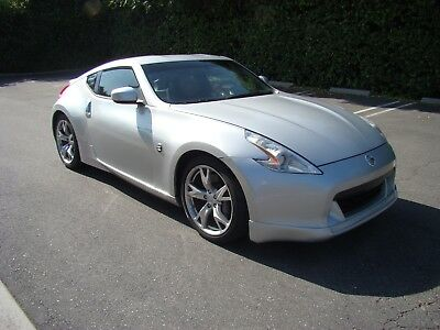 2009 Nissan 370Z Sport Package 2009 Nissan 370Z Automatic Coupe Paddle Shift Sport Package 99K Miles NICE!!